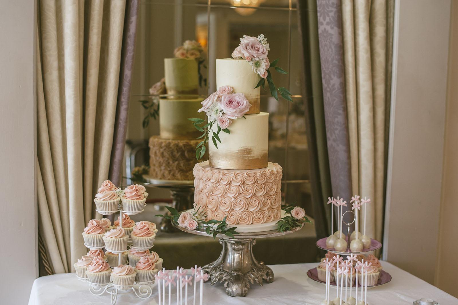 Copy of Cake Decor