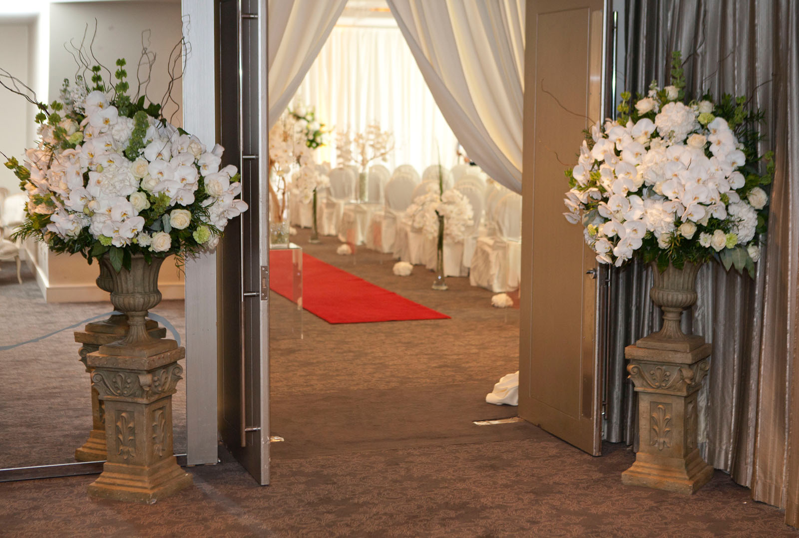 Carton House, Pipe and Drape, Classic Green White Pedestal & Urn Arrangement