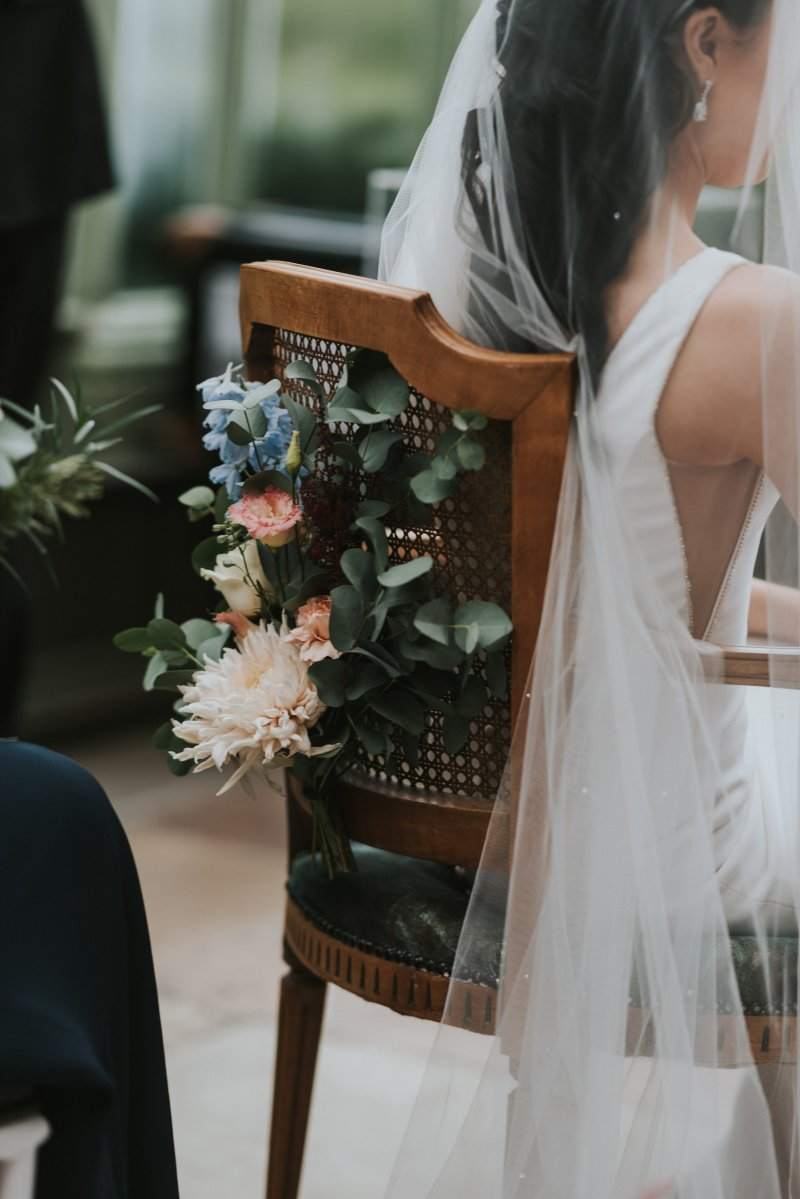 Floral chair back